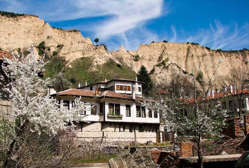 Мелник - Дестинацията за винен туризъм в България