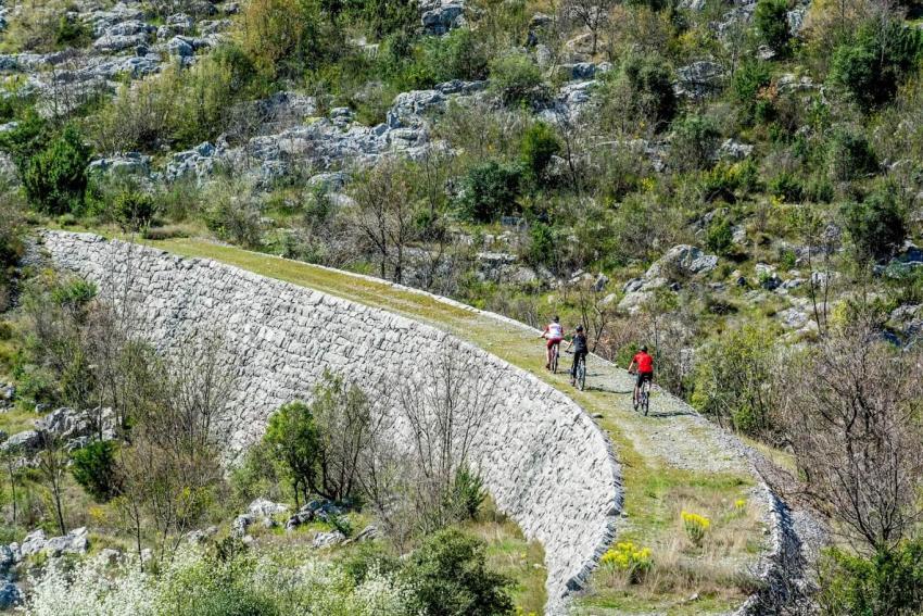 Нова Вело Алея Свързва Босна и Херцеговина с Хърватия